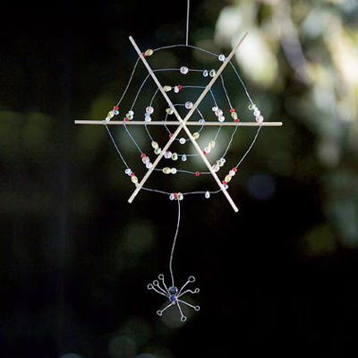 halloween crafts: spider and web tutorial